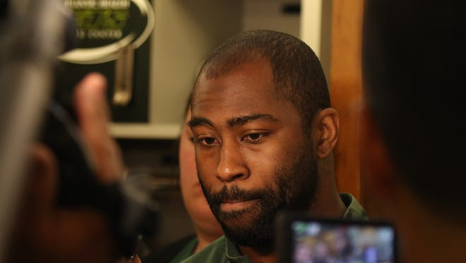 Jets cornerback Darrelle Revis is suing his former agents for fraud.