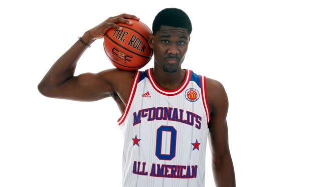 McDonald's High School All-American center Deandre Ayton (0) poses for a photo during the 2017 McDonald's All American Game Portrait Day at Chicago Marriott.