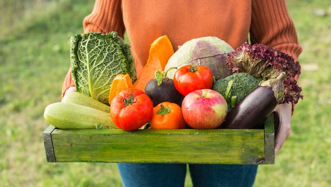 A farm share will be happening in Quincy on Friday to bring fresh food to low-income families.