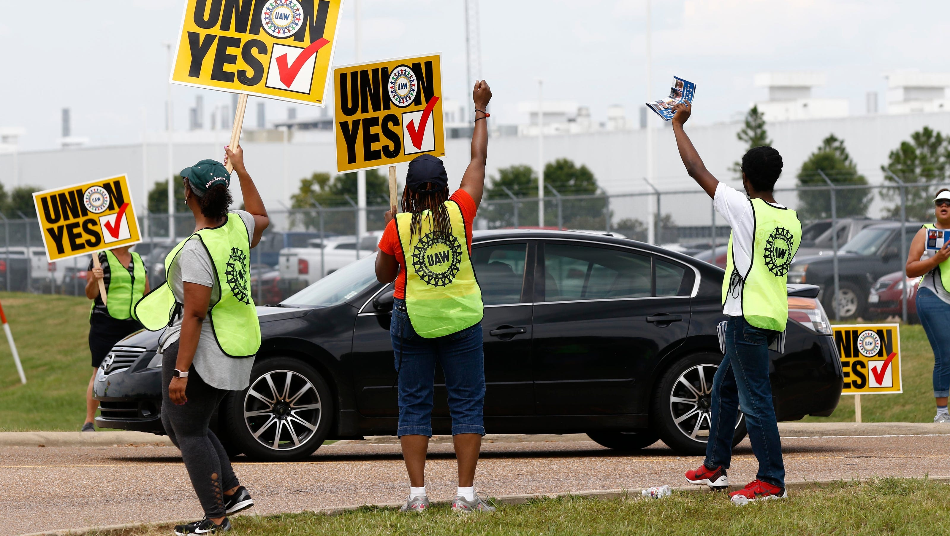 Nissan workers reject UAW in crucial vote