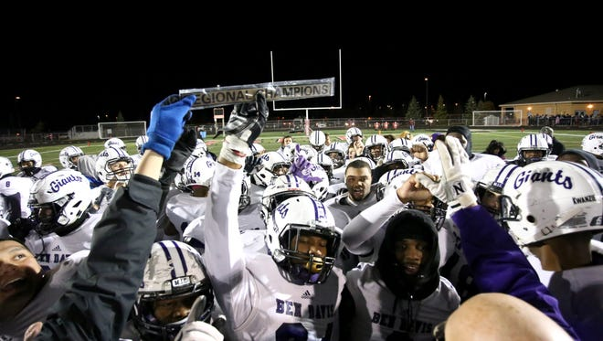 Ben Davis captured the 6A Regional title with a win over Fishers on Friday.