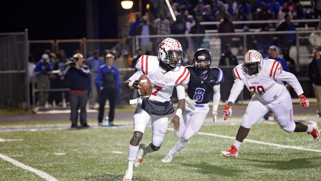 Quarterback Joseph Smith ran for a touchdown while throwing another to Geor'quarius Spivey and a two-point conversion to Hidari Ceasar that was the difference in Richwood's 15-14 upset of top-seeded Sterlington in the Class 3A quarterfinals.