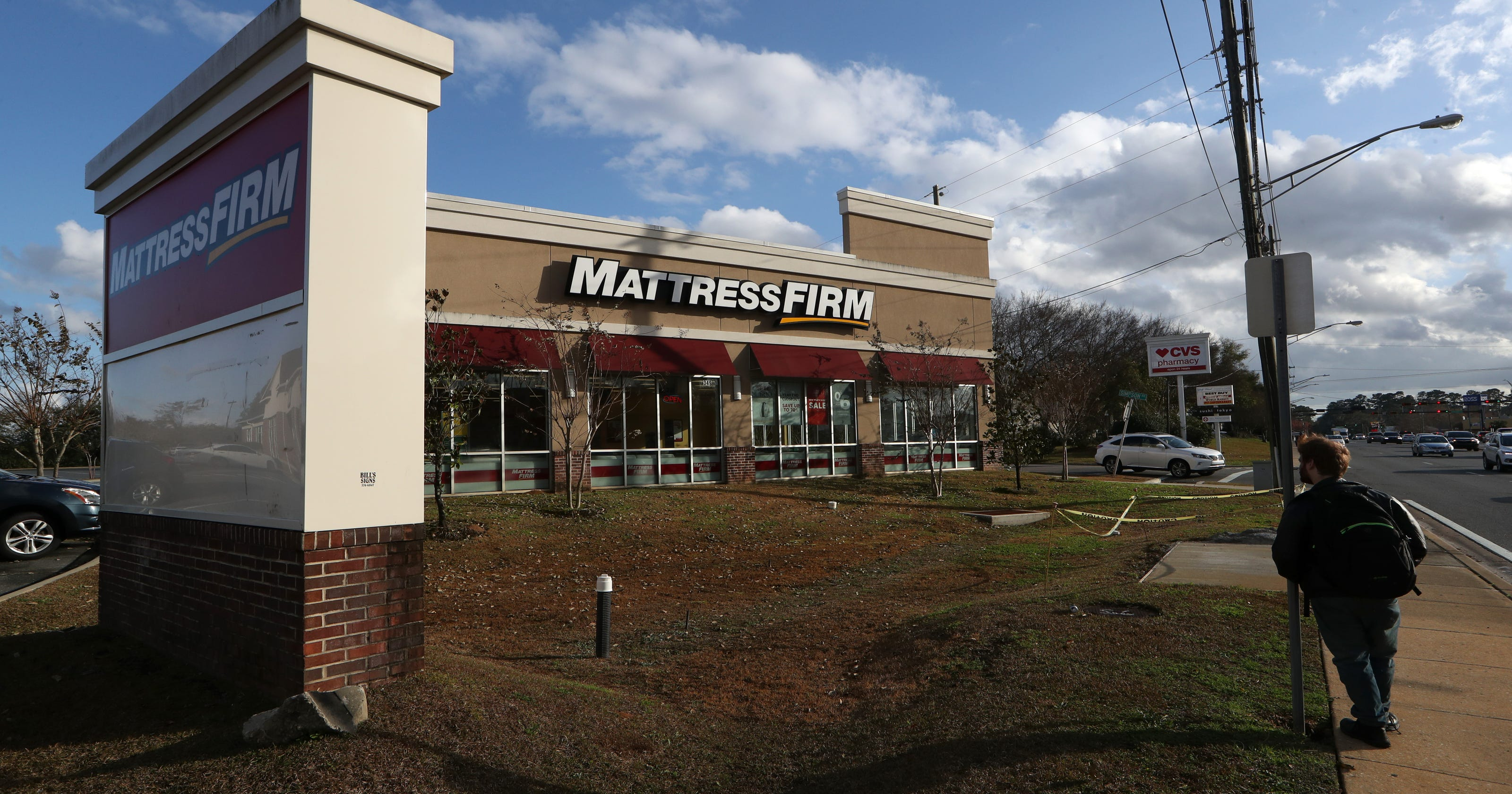 Why so many mattress stores and car washes in Tallahassee?