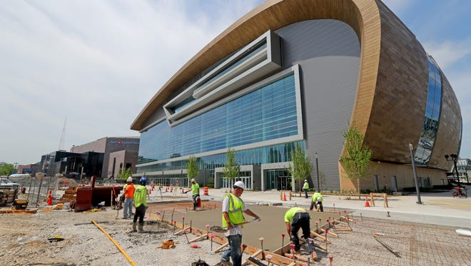 A sidewalk is added between the new arena and the Bucks' new entertainment block.