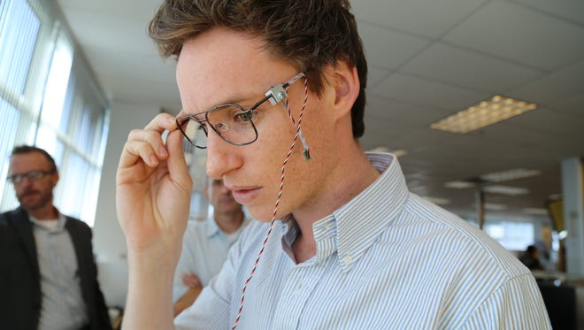 Actor Eddie Redmayne was given a demo at Intel.