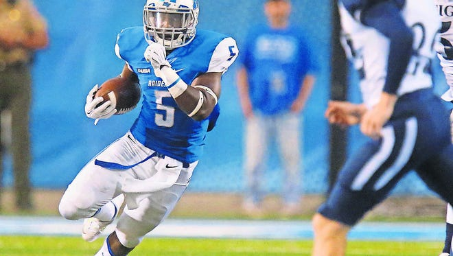 Jeremiah Bryson (5) said he believes the running game can get going again against rival Western Kentucky. The Blue Raiders have not topped the 100-yard mark in the past two games.