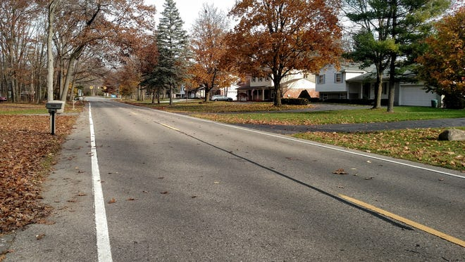 This stretch of Hubbard south of Six Mile could see the addition of bicycle lanes next year.