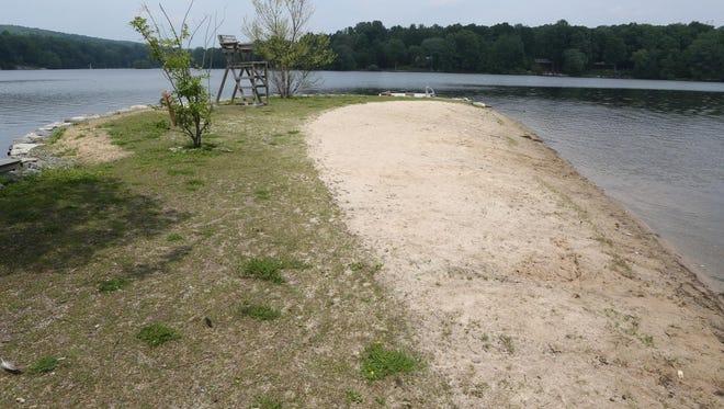 Spur Beach on Roaring Brook Lake in Putnam Valley