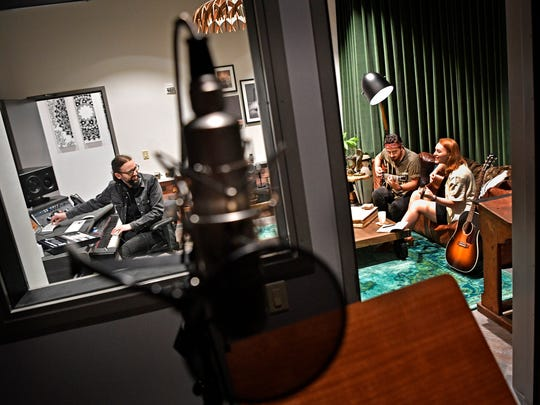 Gordon Hammond records as Justin Kelley (Hownd) and Phoenix Lazare try out one of the writers studios at Hutton Hotel.