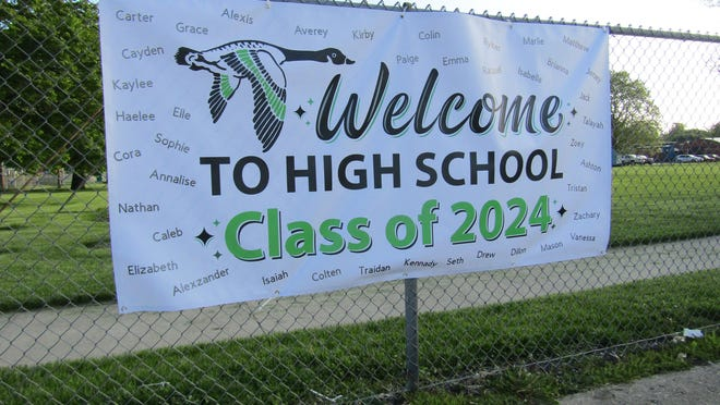 Wethersfield's Class of 2024 will be officially welcomed to high school with individualized promotion mini-ceremonies on Thursday, July 23, the school board decided last week. The sign in the photo was put up in May as schools had completed their first foray into remote learning and a ceremony seemed uncertain. All 41 8th graders' names were included.