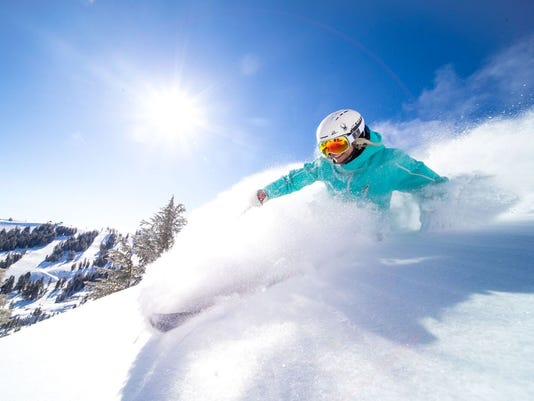 636560361949514768-skier2.jpeg
