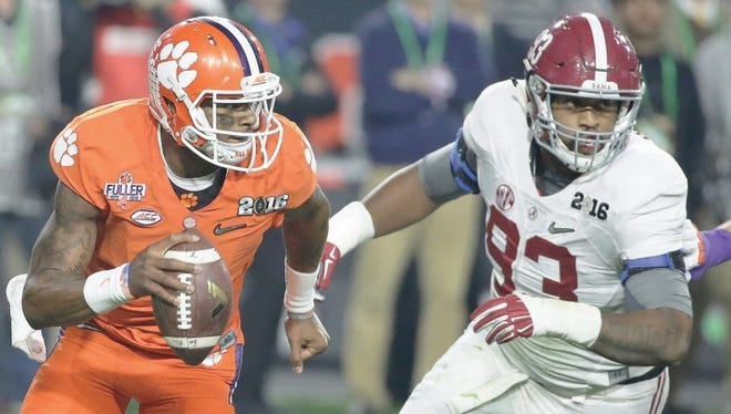 Jonathan Allen will look to do something he was unable to do in last year's national championship game against Clemson -- sack Deshaun Watson.