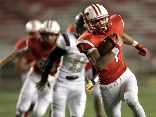Running back D.J. Stewart and the Kimberly Papermakers