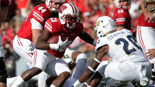 Wisconsin running back Dare Ogunbowale was parted of a rushing attack that gained 261 yards on the ground.