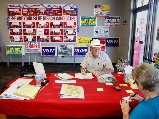 Glen Isaacson drops by the San Juan County Republican Party headquarters in Farmington to donate money on Sept. 9, 2016.