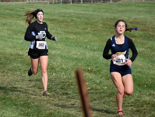 Fort Defiance's Carrie Wright heads for the finish