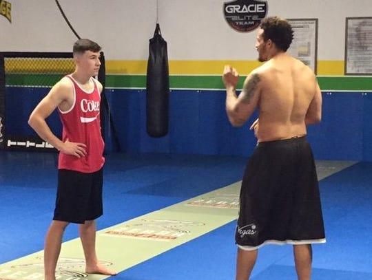 Ryan Jones, right, training with Christian Tonkin,