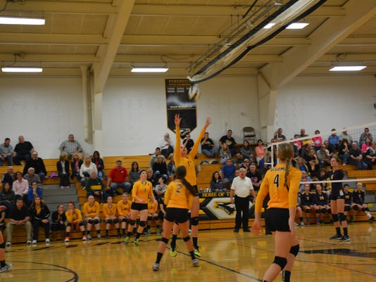635798163812345629-volleyball-Max-055