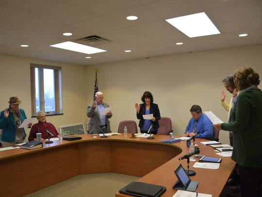 Newly elected members of the Kewaunee City Council