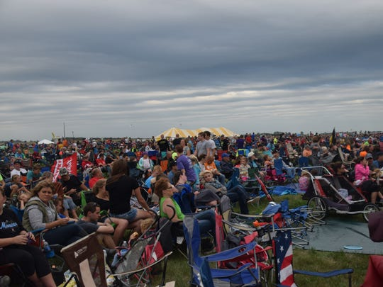 Large crowds headed south of Sioux Falls on Saturday