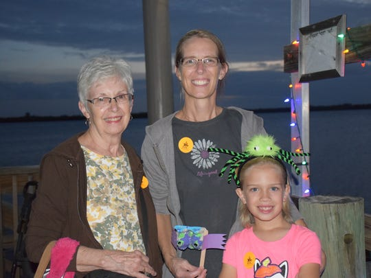 Nancy Sims, Melanie Byars, and her 7-yr-old daughter