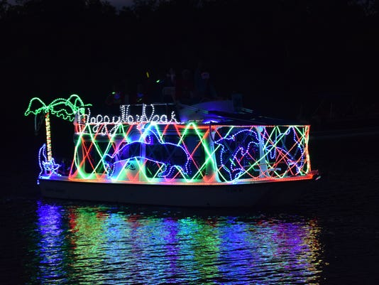 2016 Imperial-River-Boat-Parade 1.JPG