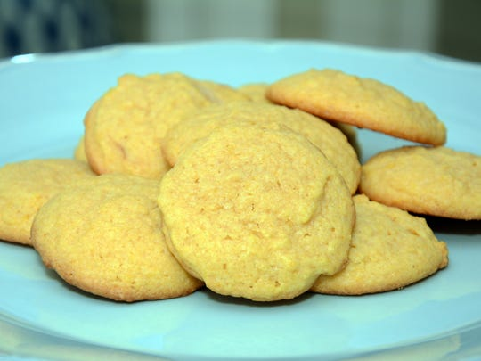Pumpkin Sugar Cookies use a cinnamon essential oil.