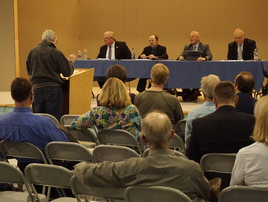 Crowd at a public hearing for offshore wind on Saturday,