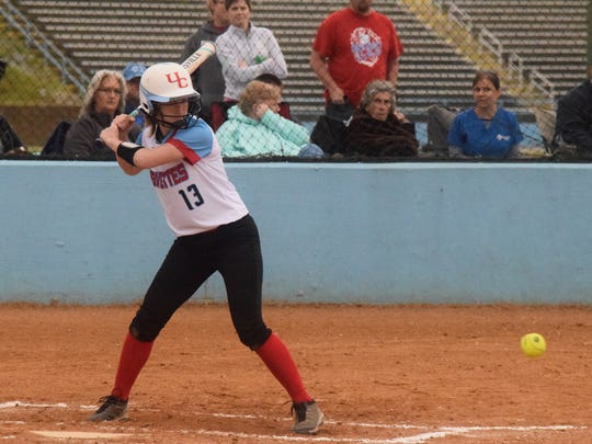 Jralee Roberson up to bat last Tuesday night against Webster Co.