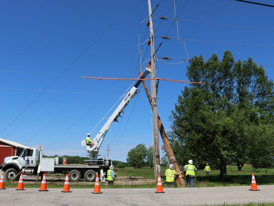 FirstEnergy replaces wires, poles