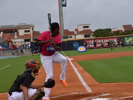 The Blue Wahoos'  Gabriel Guerrero gets set to take