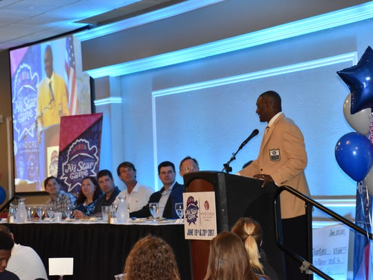 Derrick Brooks addresses the crowd last year at the 2017 Southern League All Star and Hall of Fame luncheon at Skopelos at New World