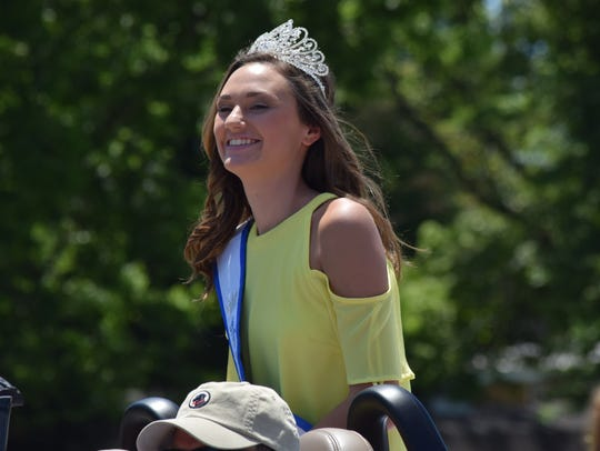 Miss Teen Union County Fair Paige Wells participated