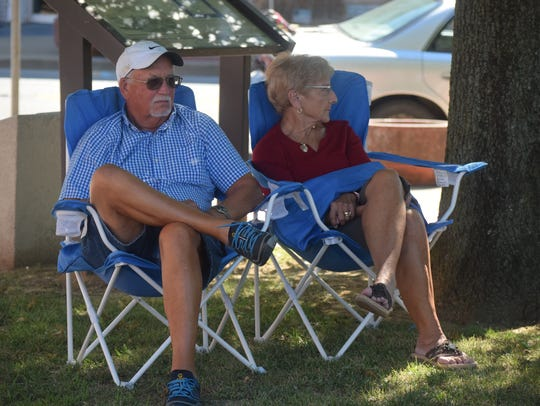 Jerry and Ruth Gibson relax while enjoying the music