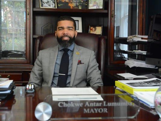 Mayor/commissionlistDSC-0353.JPG