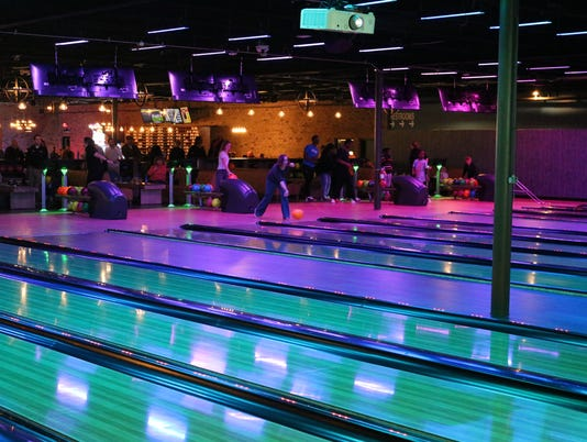 636462471089802235-Bowling.JPG