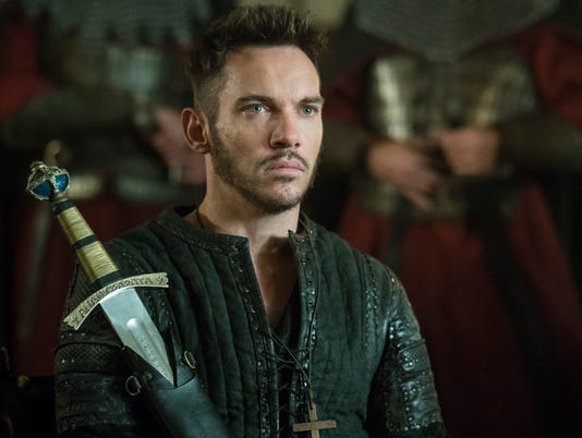 636473764129986800-bishop-heahmund-jonathan-rhys-meyers-from-vikings-9.jpg