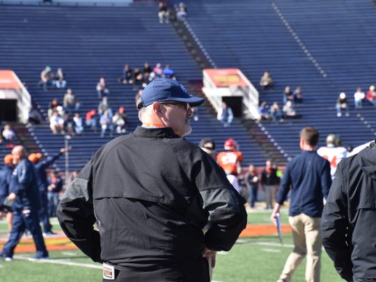 UWF coach Pete Shinnick watches the North squad practice Thursday at the Reese's Senior Bowl
