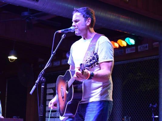 636552513114312704-Mike-Dean-Band.jpg