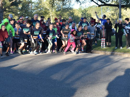 Start of the 1 mile run at the Shamrock Scurry.