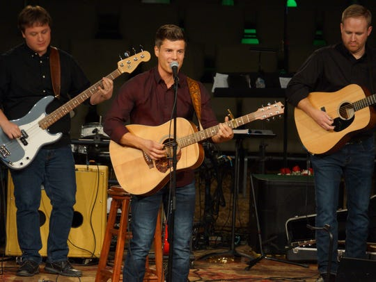 Lawson Bates performs a Christmas concert at Knoxville's