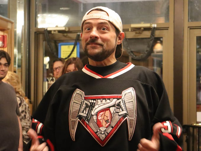Kevin Smith spoke to a packed theater of fans Sunday,