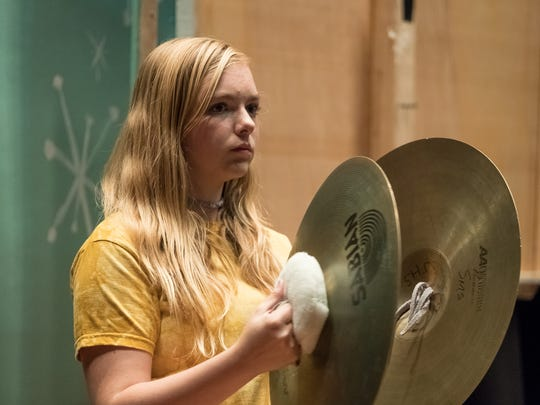 Elsie Fisher played with an actual middle-school band and teacher while shooting the film.