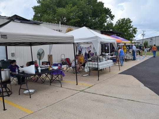 The Central Louisiana Economic Development Alliance (CLEDA) has expanded the Alexandria Farmers Market to include a new Saturday market at Huckleberry Brewery beginning Saturday, Nov. 2, 2019.