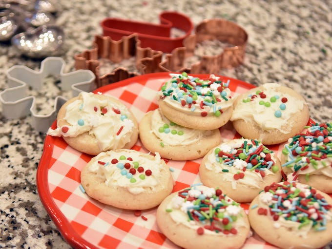 Christmas cookie fun facts: 1. Queen Elizabeth I invented