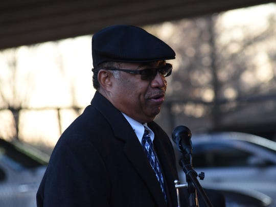 Mayor Jeff Hall speaks at the annual wreath-laying at the Martin Luther King Jr. monument in Alexandria on Jan. 20.