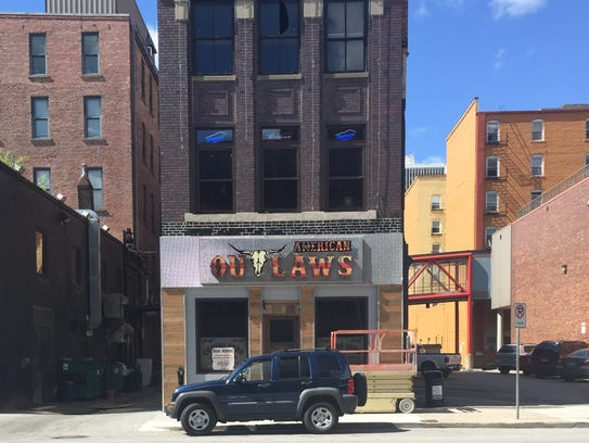 American Outlaws offers a two-story country bar in