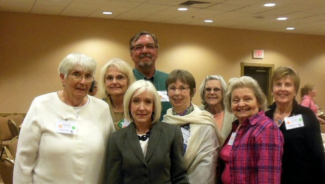 Eleven Baxter County Master Gardeners recently traveled to Little Rock for leadership training, where Arkansas first lady Ginger Beebe was the guest speaker. Shown are (from left) Anita Hayden, Linda Moore, Beebe, Frank Sinning, Anna Marie Richardson, Janice Foreman, Audrey Holt and Joan Burr. Also attending but not available for the photo were Wayne Buck, Lisa Wolf, Ceil Gasiecki and Deborah Anderson. New Master Gardenr classes will begin soon, and still are there area few vacancies. For information, call 425-2335.