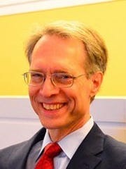 Greg Thielmann