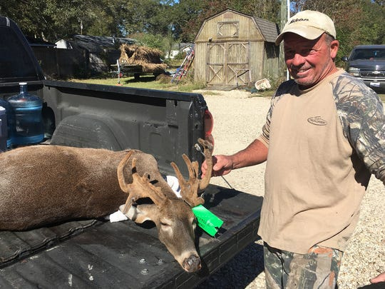 Jimmy Giacone of Hammond, Louisiana harvested this 16-point doe in Amite County in 2016.